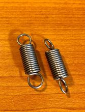 Picture of Metal Dual Hook Tension Spring, Replacement Springs for the Detachable twin plate holder platform